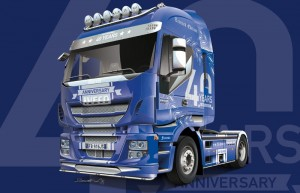 Italeri 3919 Iveco Hi-Way 40th Anniver. Show Truck