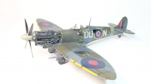Spitfire Mk. IXc late version 1/48 /8281/